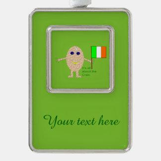 愛国心が強いアイルランドの卵のカスタムなオーナメント シルバープレートフレームオーナメント