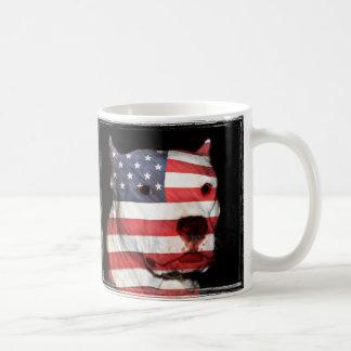 愛国心が強いピットブル コーヒーマグカップ