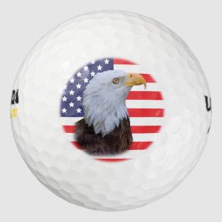 愛国心が強いワシおよび米国の旗 ゴルフボール