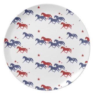 愛国心が強い小走りに走る馬パターン プレート