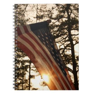 愛国心が強い米国旗の落日 ノートブック