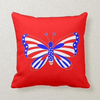 愛国心が強い蝶 クッション