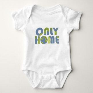 愛地球の家の赤ん坊のワイシャツだけ ベビーボディスーツ