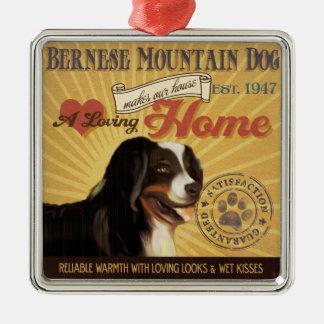 愛情のあるバーニーズ・マウンテン・ドッグは私達の家の家を作ります メタルオーナメント