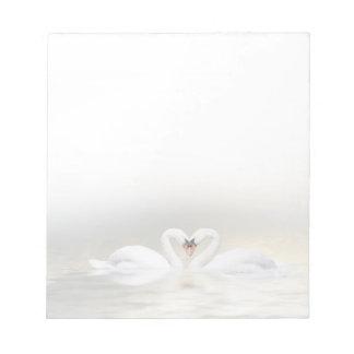 愛情のある白鳥 ノートパッド