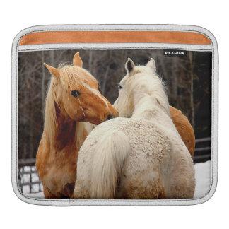 愛情のある馬のウマ科のな写真 iPadスリーブ