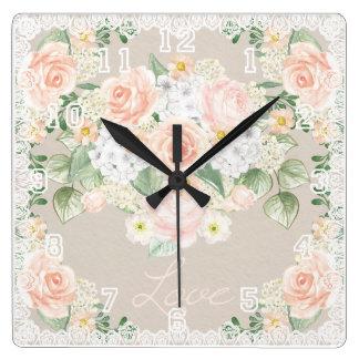愛水彩画のロマンチックなバラ及びレース スクエア壁時計