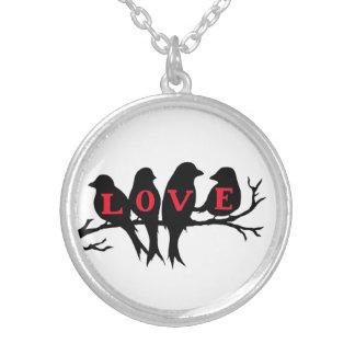 愛鳥にネックレスがなければなりません シルバープレートネックレス