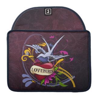 愛鳩の入れ墨の芸術 MacBook PROスリーブ