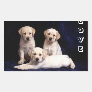 愛黄色いラブラドル・レトリーバー犬の小犬のステッカー 長方形シール
