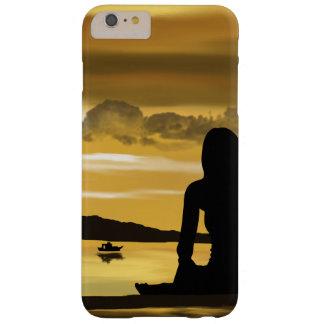 愛、ビーチのロマンチックな日没 BARELY THERE iPhone 6 PLUS ケース