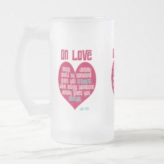 愛。 ラオス語Tzuによる引用文 フロストグラスビールジョッキ