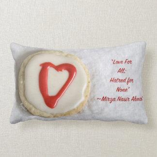 """""""愛""""切り出しのクッキーのjjheleneのデザインのLumbarの枕 ランバークッション"""