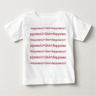 愛 + 幸福の乳児のTシャツ ベビーTシャツ