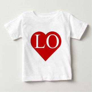 愛- LO (2)のハートワイシャツ(双生児)の1 ベビーTシャツ