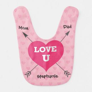 愛Uお母さんおよびパパの名前入りな女の赤ちゃんのよだれかけ ベビービブ