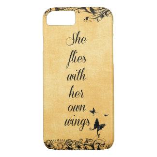 感動的彼女は彼女の自身の翼の引用文と飛びます iPhone 8/7ケース