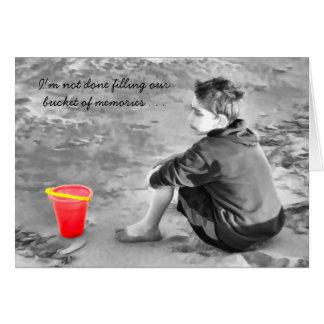 感情的な行方不明記憶のバケツを浜に引き上げます カード