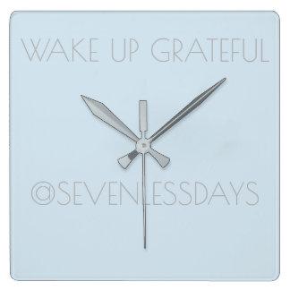 感謝した時計を目覚めて下さい スクエア壁時計