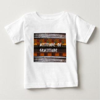 感謝の文字の知恵の単語の態度 ベビーTシャツ