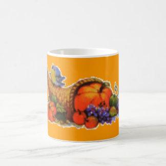 感謝祭のコルヌコピアのコーヒー・マグ コーヒーマグカップ