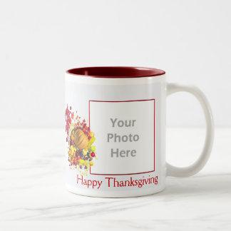 感謝祭のコルヌコピアの2写真フレーム ツートーンマグカップ