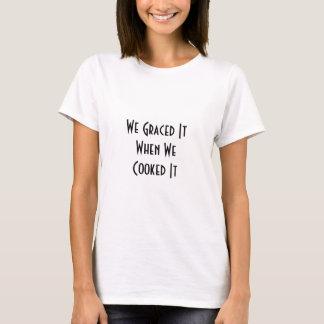 感謝祭の優美のTシャツ Tシャツ
