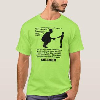 慈悲深いアドバイスの兵士のプライドのおもしろTシャツ Tシャツ