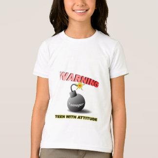 態度と10代の Tシャツ