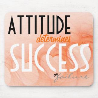 態度の…成功のオレンジハートの背景 マウスパッド