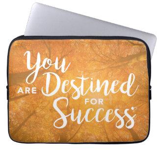 成功のアートワークのラップトップカバーのために運命です ラップトップスリーブ