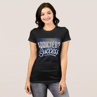 成功のワイシャツの女性 Tシャツ
