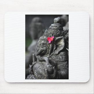 成功のGanesha象のヒンズー教の神 マウスパッド