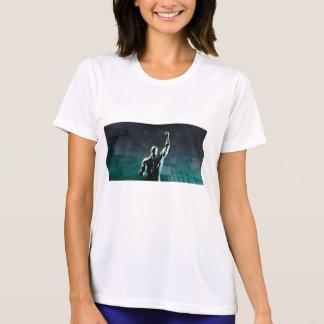 成功を達成している人との障害の克服 Tシャツ
