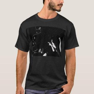 戦いProbverbial Tシャツ