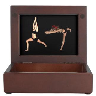 戦士のヨガの姿勢のCatrina -記念品箱 ジュエリーボックス
