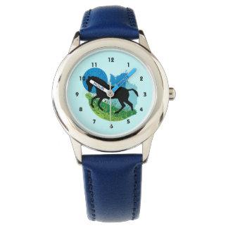 戯れる馬のデザインの腕時計 腕時計