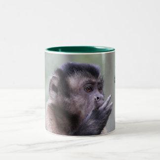 房状のCapuchin猿の写真 ツートーンマグカップ