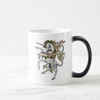 手がつけられないユニコーン、神話的な獣 モーフィングマグカップ
