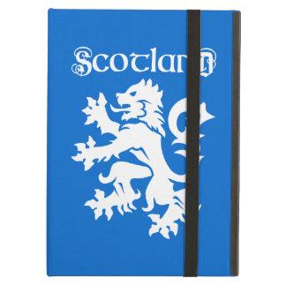 手がつけられない青及び白いスコットランドのライオン iPad AIRケース