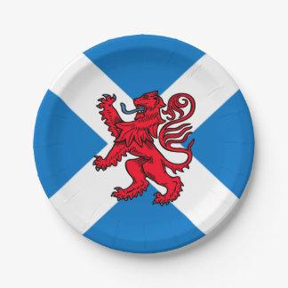 手がつけられないSt Andrewの十字のスコットランドの旗及びライオン ペーパープレート