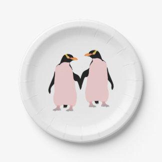 手を握っているゲイプライドのレズビアンのペンギン ペーパープレート