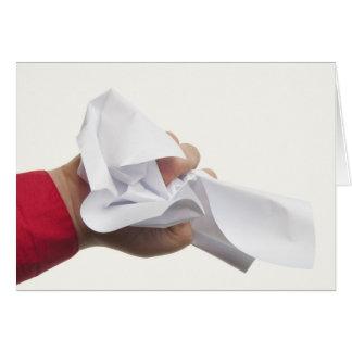 手元のしわにされた紙 グリーティングカード