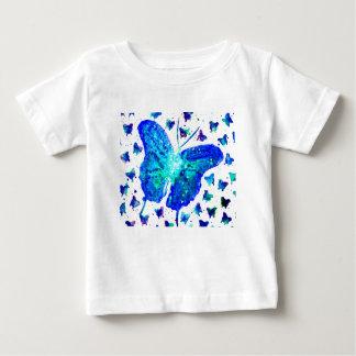 手塗りの蝶ベビーのTシャツ ベビーTシャツ