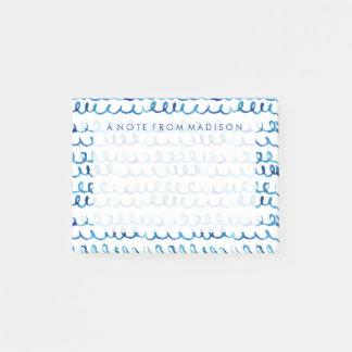 手塗りの青い水彩画の波状パターン ポストイット