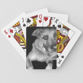 手塗り黒く及び白い犬のポートレート トランプ