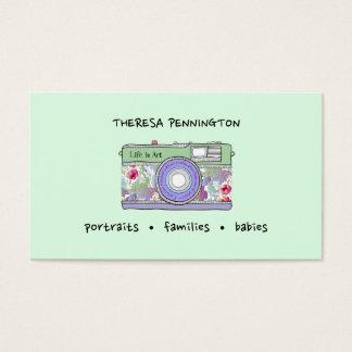 手描きのカメラの花のラベンダーのミントの緑の写真 名刺