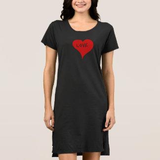 手描きのハート。 愛Tシャツ ドレス
