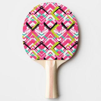 手描きのピンクのジグザグパターン 卓球ラケット