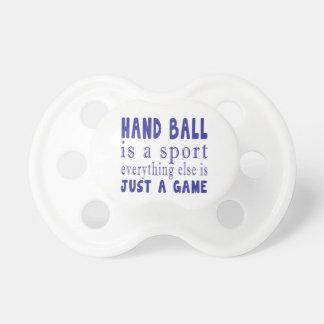 手球ちょうどゲーム おしゃぶり